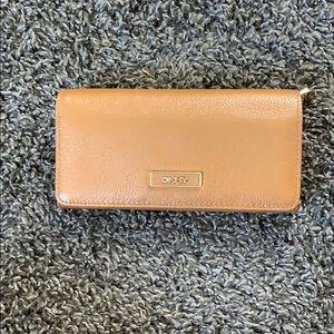 NEW!!!!! DKNY sand wallet